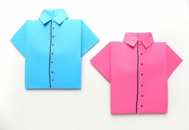 Цветная оригами рубашка из бумаги